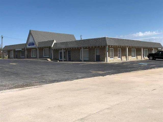 3001 N State Route 291 Highway, Harrisonville, MO 64701 (#2215099) :: Ron Henderson & Associates