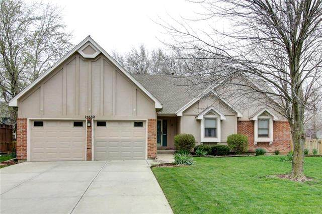 15632 W 150th Street, Olathe, KS 66062 (#2215133) :: The Shannon Lyon Group - ReeceNichols