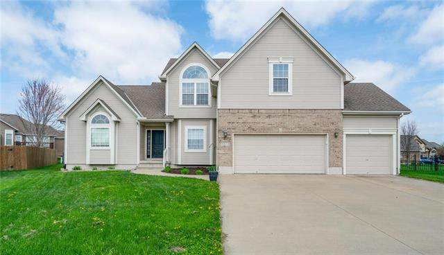 1508 Drury Circle, Raymore, MO 64083 (#2215193) :: Beginnings KC Team