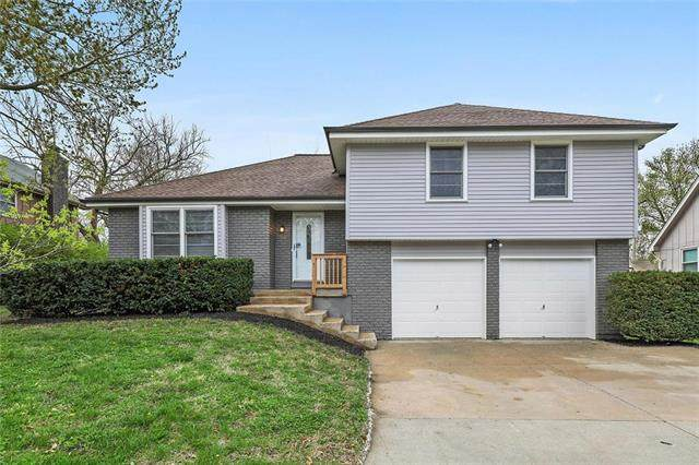 811 E Northview Street, Olathe, KS 66061 (#2215204) :: House of Couse Group