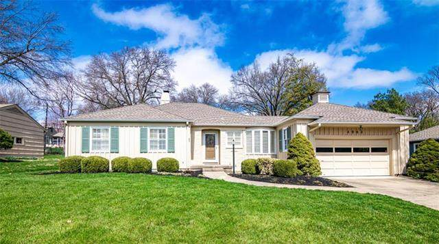 4900 W 65th Terrace, Prairie Village, KS 66208 (#2215215) :: House of Couse Group