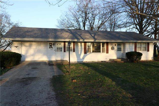 1023 S Hughes Street, Hamilton, MO 64644 (#2215239) :: The Shannon Lyon Group - ReeceNichols