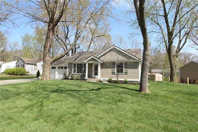 7145 Cedar Street, Prairie Village, KS 66208 (#2215287) :: Team Real Estate
