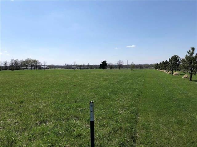 4705 Shawnee Road, Wellsville, KS 66092 (#2215315) :: Dani Beyer Real Estate