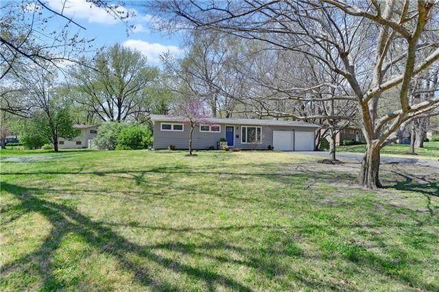 7956 Canterbury Street, Prairie Village, KS 66208 (#2215384) :: House of Couse Group