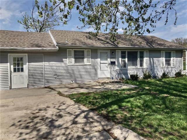 5502 E 100th Terrace, Kansas City, MO 64137 (#2215399) :: The Gunselman Team