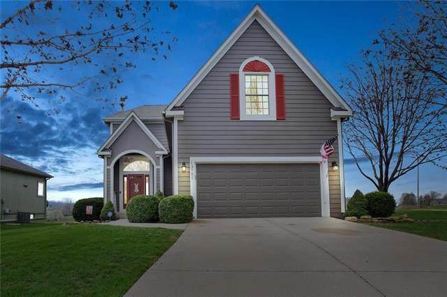 13751 W 149 Street, Olathe, KS 66062 (#2215415) :: House of Couse Group