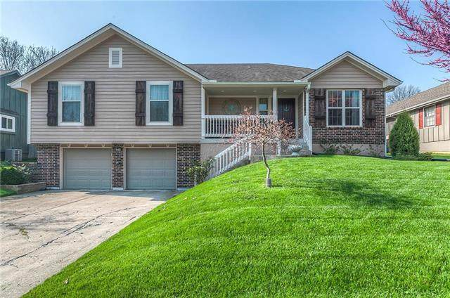 1145 SE 7th Street, Lee's Summit, MO 64063 (#2215416) :: House of Couse Group
