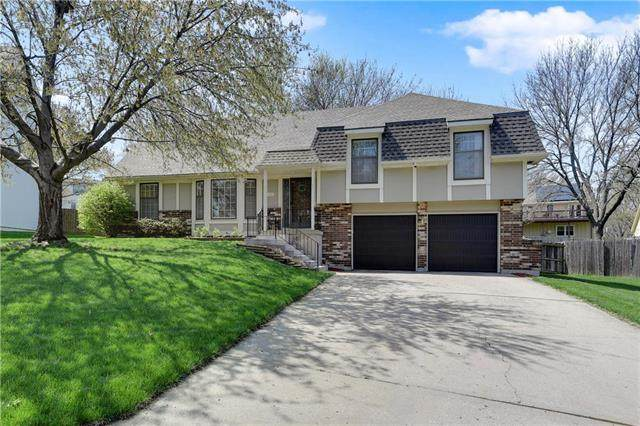 7408 Monrovia Street, Shawnee, KS 66216 (#2215473) :: House of Couse Group