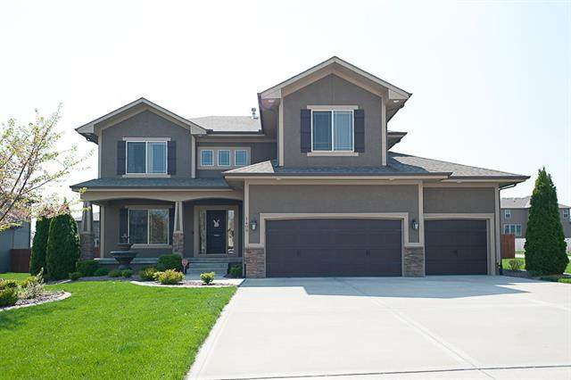 1409 SW 42nd Circle, Lee's Summit, MO 64082 (#2215477) :: House of Couse Group