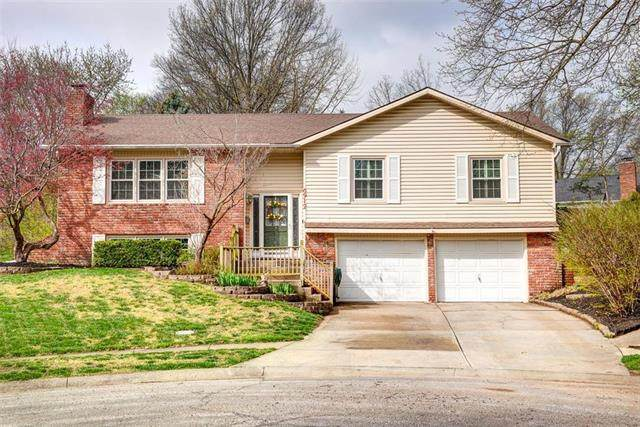 6912 NW Birch Place, Kansas City, MO 64151 (#2215496) :: House of Couse Group
