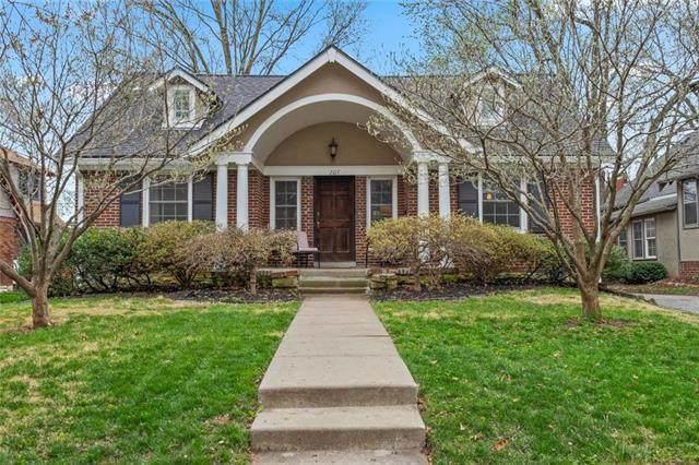 207 E 67TH Street, Kansas City, MO 64113 (#2215529) :: House of Couse Group