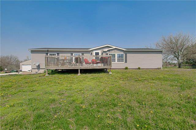 40028 W 379th Street, Lane, KS 66042 (#2215594) :: The Shannon Lyon Group - ReeceNichols