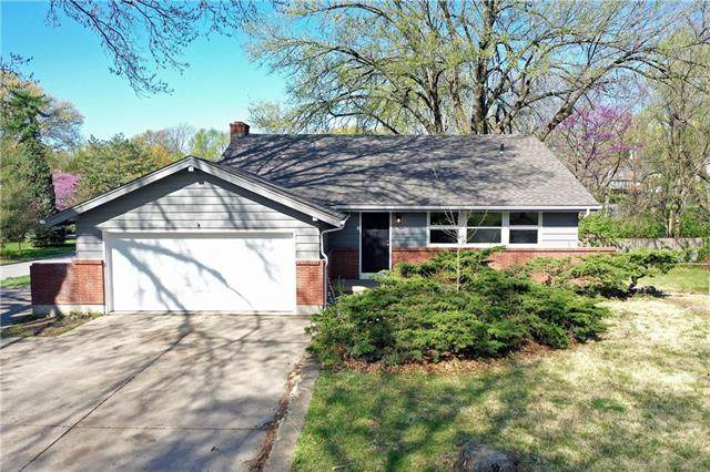 4820 Mohawk Drive, Roeland Park, KS 66205 (#2216463) :: House of Couse Group