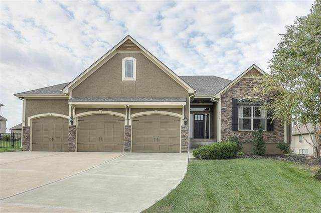 4552 NE Park Ridge Avenue, Lee's Summit, MO 64064 (#2216659) :: Eric Craig Real Estate Team