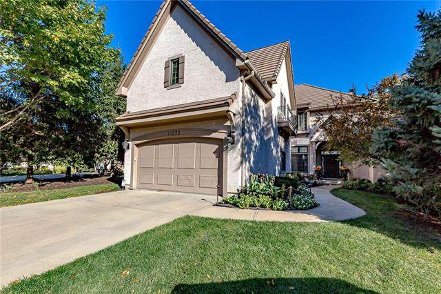 11373 Granada Court, Leawood, KS 66211 (#2216718) :: Audra Heller and Associates