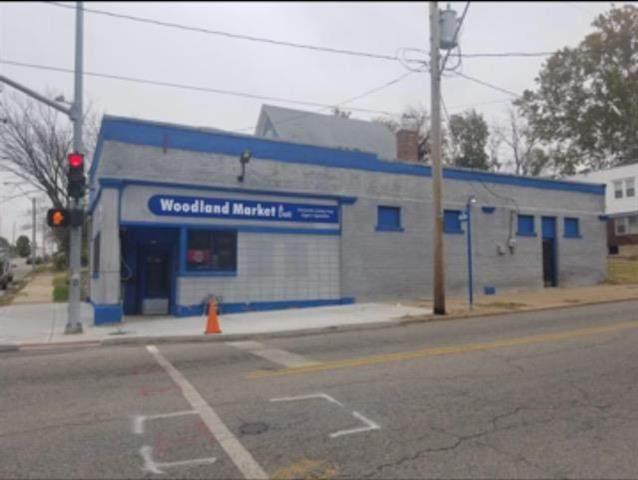 3445 Woodland Avenue, Kansas City, MO 64109 (#2217789) :: The Gunselman Team