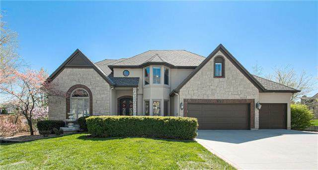 717 NE Plumbrook Place, Lee's Summit, MO 64064 (#2217823) :: Ask Cathy Marketing Group, LLC