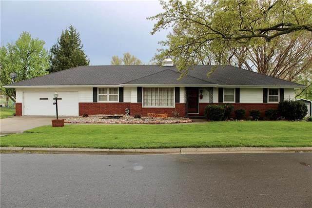 2824 Scott Street, St Joseph, MO 64507 (#2218027) :: House of Couse Group