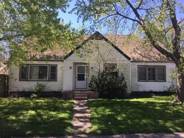 800 S Independence Street, Harrisonville, MO 64701 (#2218242) :: House of Couse Group