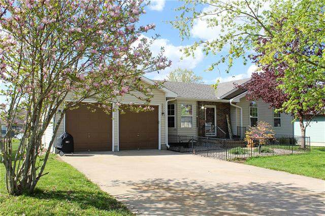3830 Chapel Drive, Sedalia, MO 65301 (#2218295) :: Ron Henderson & Associates