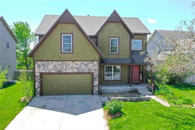 18627 W 153rd Place, Olathe, KS 66062 (#2218639) :: The Shannon Lyon Group - ReeceNichols