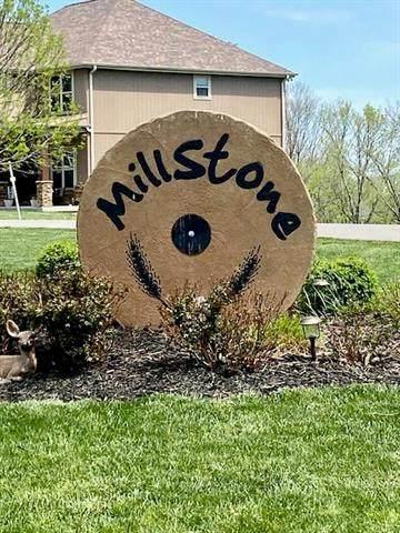 14138 Millstone Boulevard, St Joseph, MO 64506 (#2218734) :: Jessup Homes Real Estate | RE/MAX Infinity