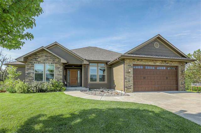 2115 Richmond Drive, Harrisonville, MO 64701 (#2219583) :: House of Couse Group
