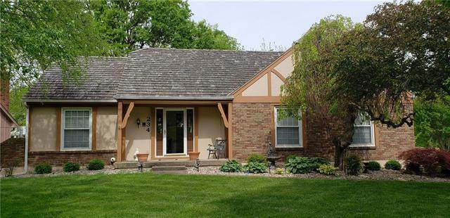 234 NW Foxtail Circle, Lee's Summit, MO 64064 (#2219616) :: Eric Craig Real Estate Team