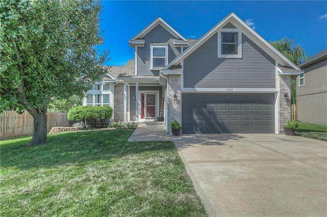 21610 W 57th Terrace, Shawnee, KS 66218 (#2219672) :: Kedish Realty Group at Keller Williams Realty