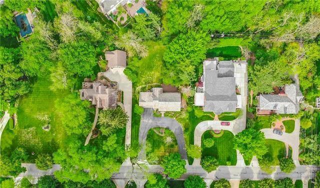 5820 High Drive, Mission Hills, KS 66208 (#2219983) :: Audra Heller and Associates