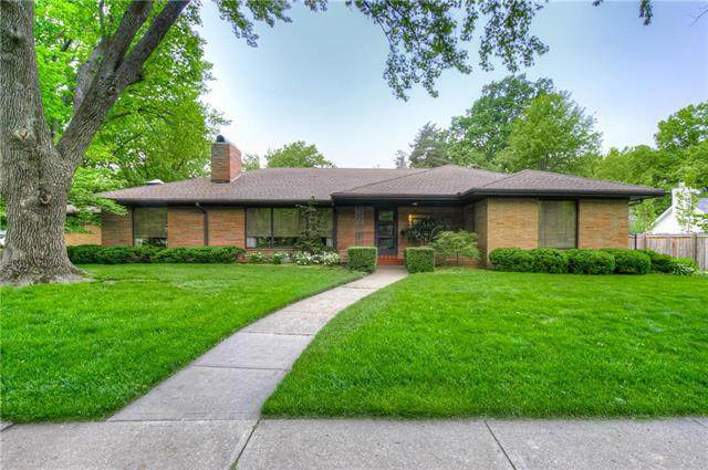 6640 Ward Parkway, Kansas City, MO 64113 (#2220714) :: Ron Henderson & Associates