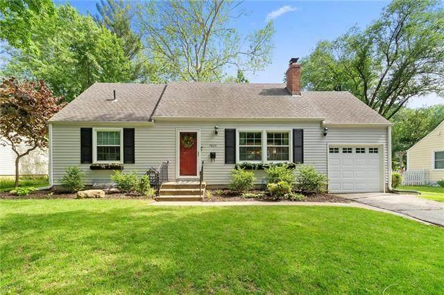 4623 W 69TH Street, Prairie Village, KS 66208 (#2220858) :: Ron Henderson & Associates