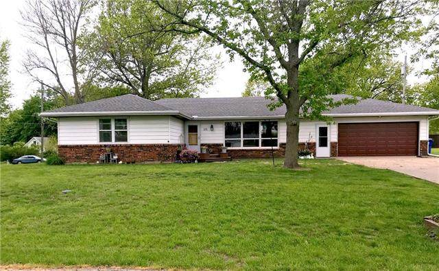 133 Oak Street, Nortonville, KS 66060 (#2220928) :: The Shannon Lyon Group - ReeceNichols