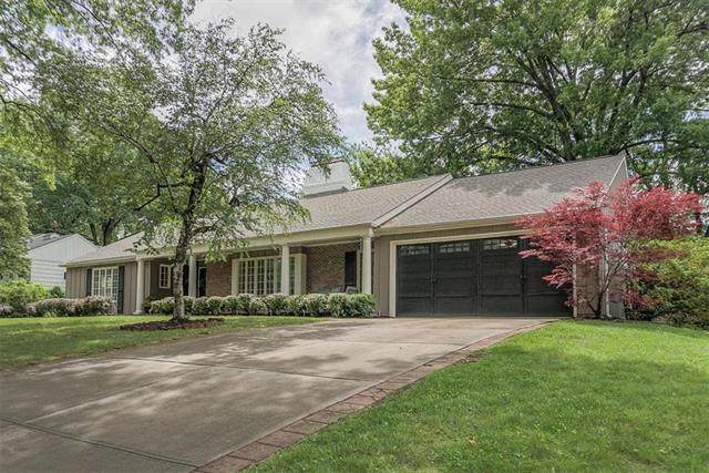 6606 Willow Lane, Mission Hills, KS 66208 (#2220951) :: The Shannon Lyon Group - ReeceNichols