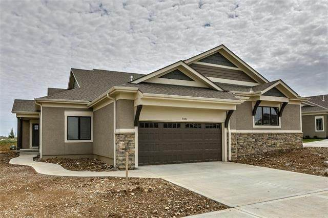 11473 S Waterford Drive, Olathe, KS 66061 (#2221064) :: House of Couse Group