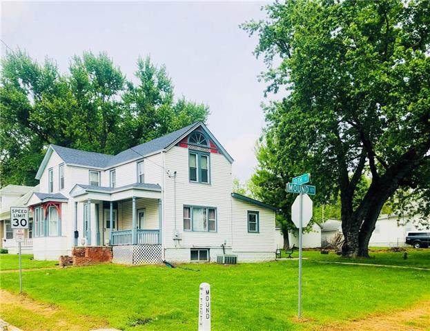 904 N 10th Street, Atchison, KS 66002 (#2221101) :: Ron Henderson & Associates