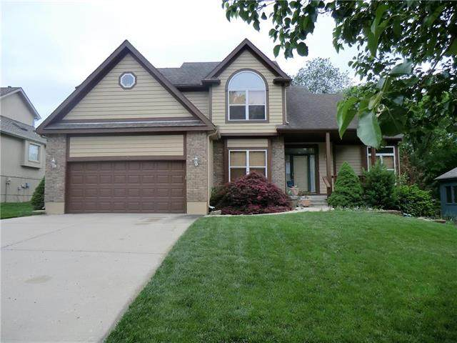 5515 NW 81st Terrace, Kansas City, MO 64151 (#2221302) :: The Gunselman Team