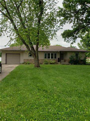 315 S 3 Street, Mound City, KS 66056 (#2221315) :: Dani Beyer Real Estate