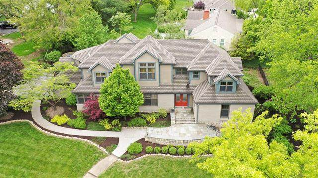 9901 Lee Boulevard, Leawood, KS 66206 (#2221385) :: Ron Henderson & Associates