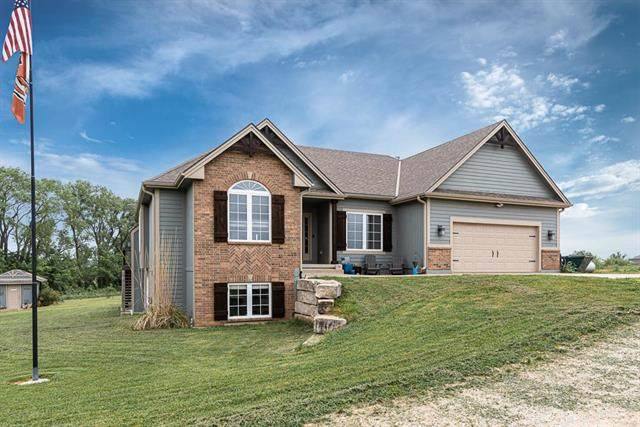 14690 254th Street, Lawrence, KS 66044 (#2221480) :: The Shannon Lyon Group - ReeceNichols