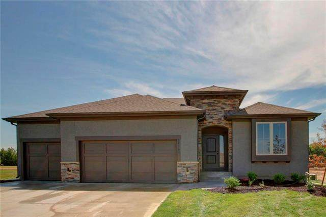 20109 Cooper Street, Spring Hill, KS 66083 (#2221667) :: Team Real Estate