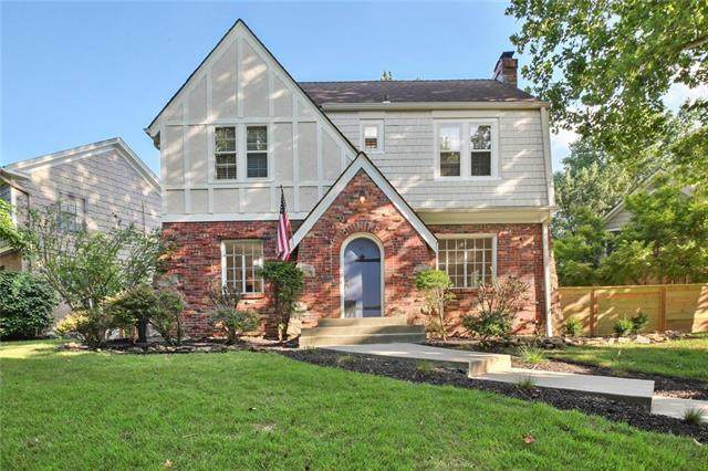 47 W Winthrope Road, Kansas City, MO 64113 (#2221736) :: House of Couse Group
