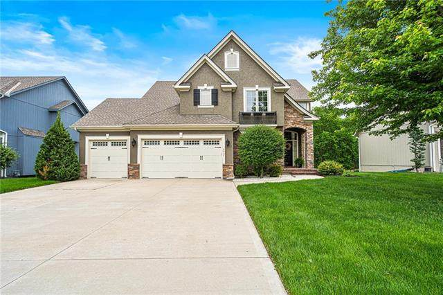 4417 NE Hideaway Drive, Lee's Summit, MO 64064 (#2221768) :: Eric Craig Real Estate Team