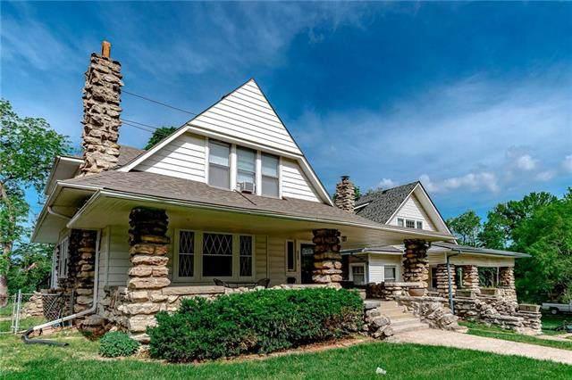 3304 W Coleman Road, Kansas City, MO 64111 (#2221813) :: Ron Henderson & Associates