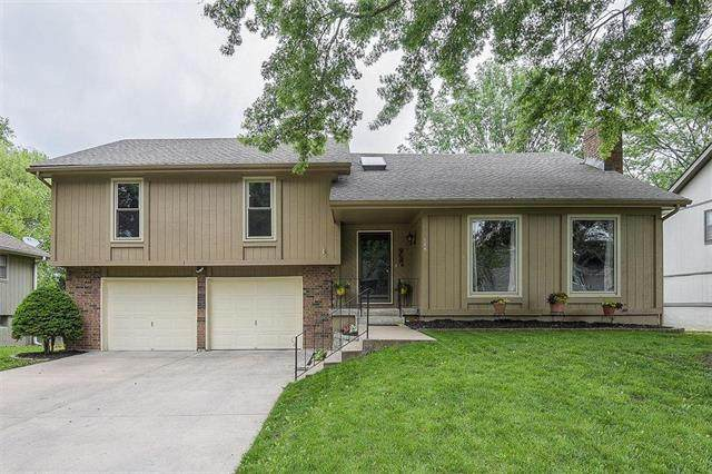 105 NE Crescent Street, Lee's Summit, MO 64086 (#2221864) :: Eric Craig Real Estate Team