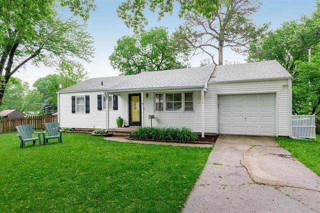 5318 W 77th Circle, Prairie Village, KS 66208 (#2222038) :: Team Real Estate