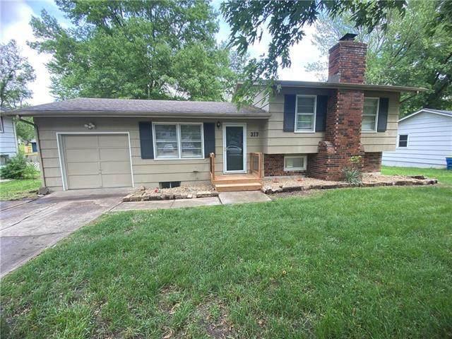 317 Melrose Lane, Liberty, MO 64068 (#2222050) :: Eric Craig Real Estate Team