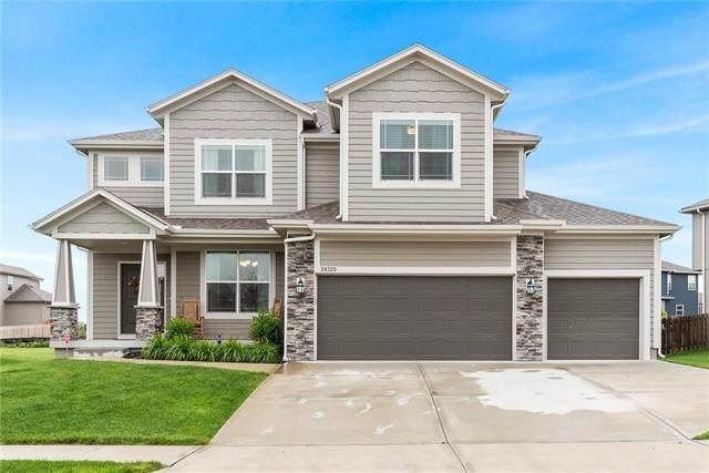 28320 W 162ND Terrace, Gardner, KS 66030 (#2222063) :: Audra Heller and Associates