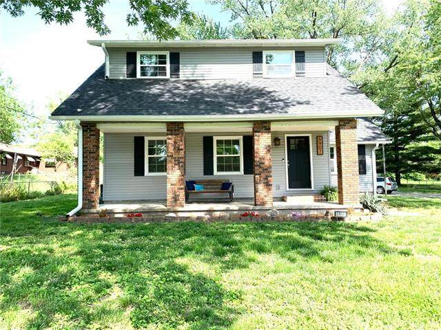 5907 S 14th Street, St Joseph, MO 64504 (#2222201) :: The Shannon Lyon Group - ReeceNichols